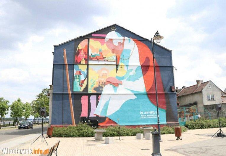 Mural na bulwarach w oc awianie chwal i krytykuj for Mural na tamie w solinie